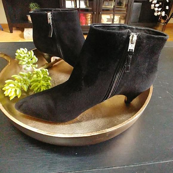 dbfd20e02 Sam Edelman Lucy black suede heel bootie size 10. M 5b646e6d5c4452674a636a16